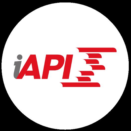 iapi logo opinion medium multimedia diseño de branding coporativo identidad marca referencia cotnratar